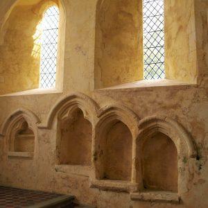Triple sedilla and piscina in chancel